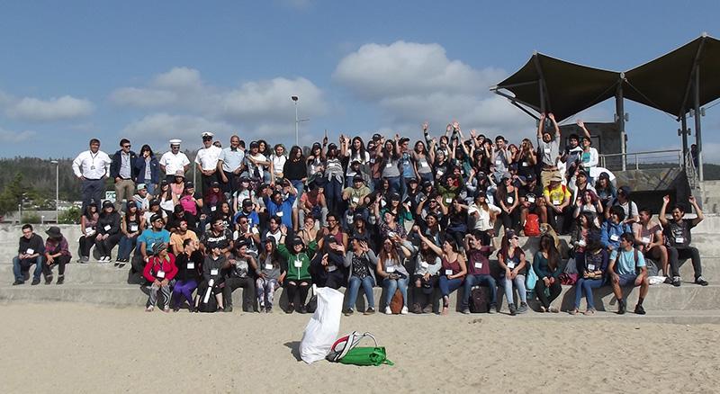 Facultad de Cs. Naturales y Oceanográficas dio bienvenida a mechones con actividad comunitaria en Dichato