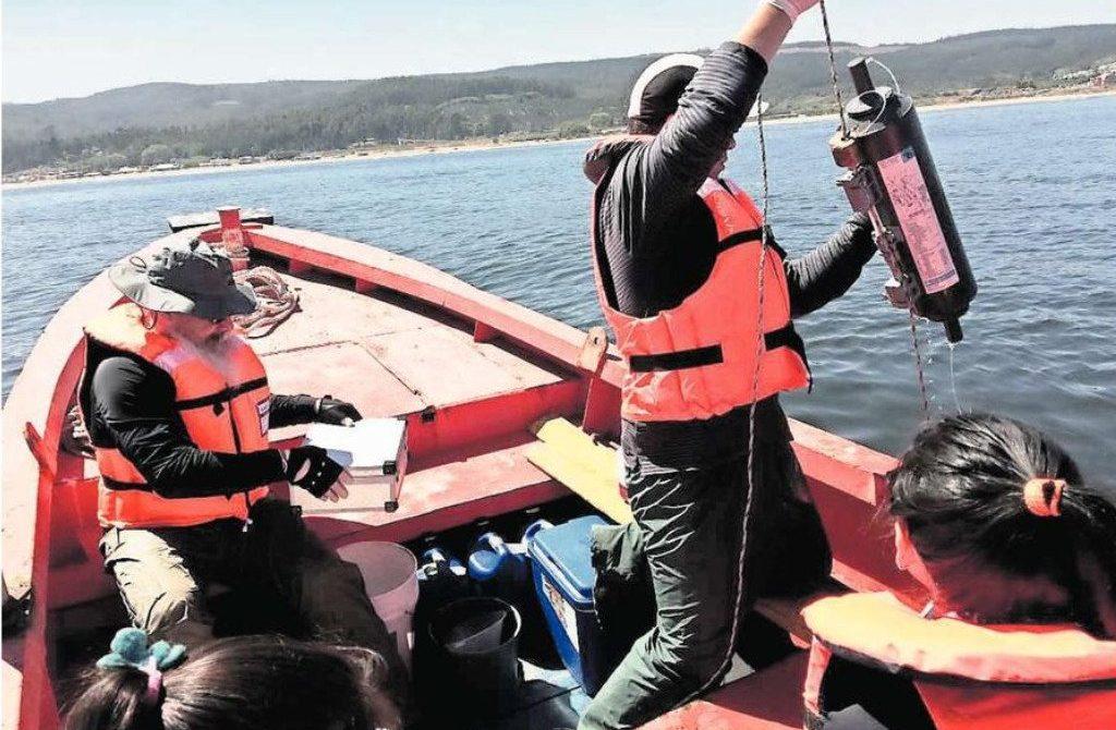 Realizan análisis microbiológico en la bahía de Coronel