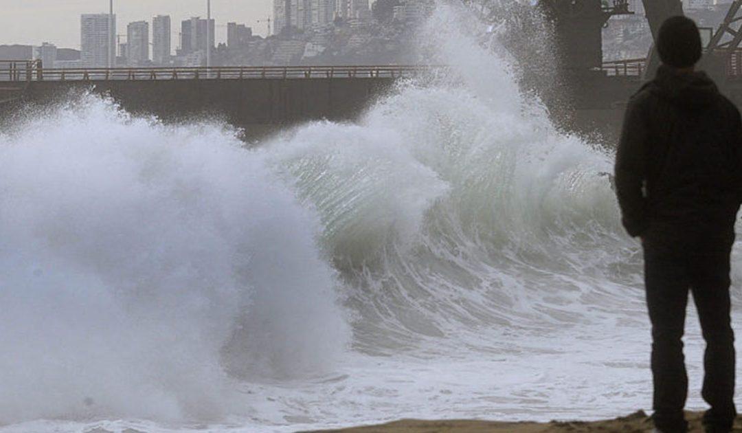 Registran marejadas de hasta cuatro metros en la Bahía de Concepción